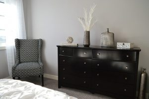small-dressers-for-small-spaces