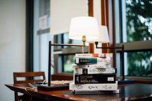 small-dorm-room-desk