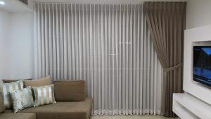 bright-organized-room