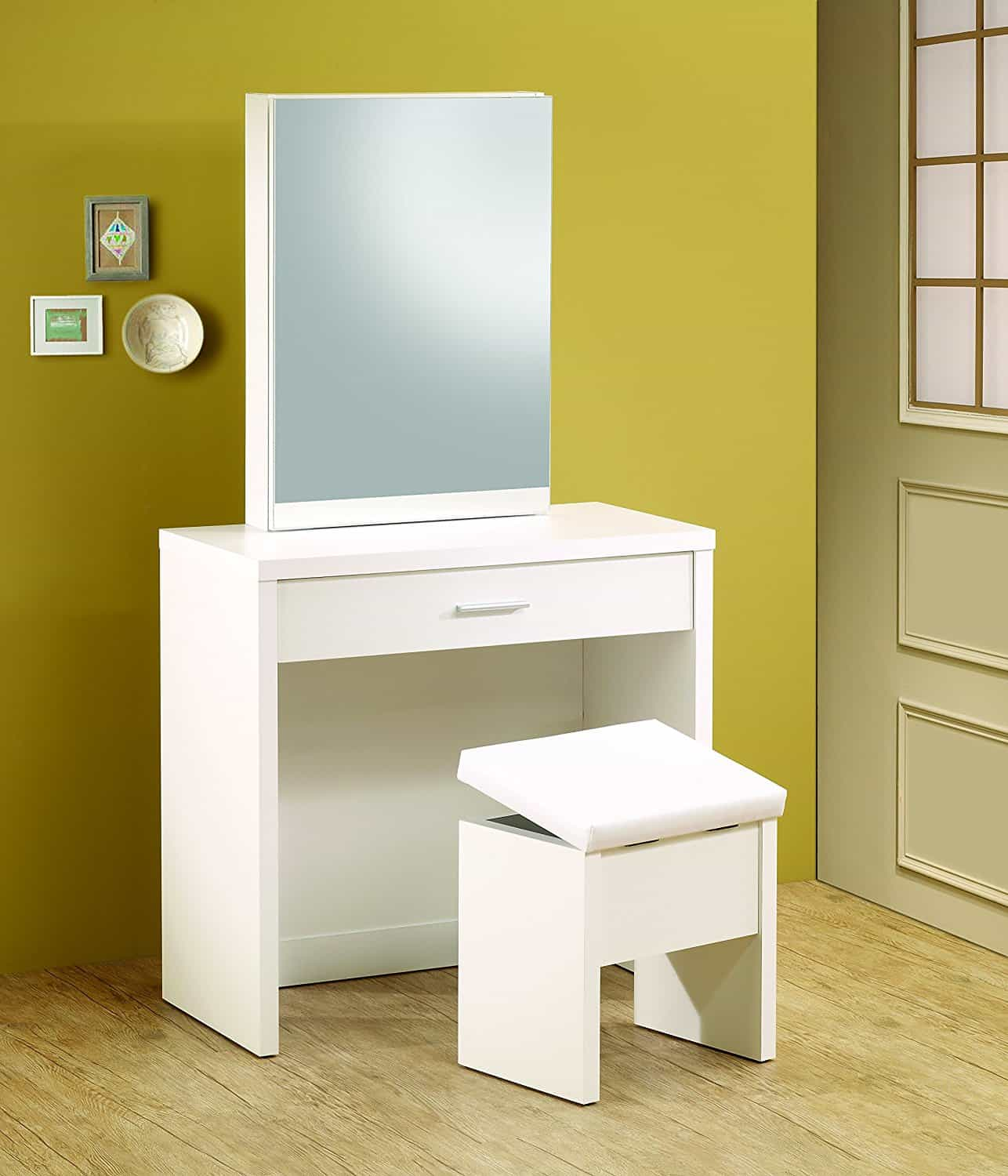 Best vanity tables for small spaces best for small spaces for Best tables for small spaces