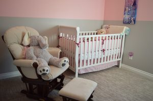 best-baby-small-mini-cribs-for-small-spaces