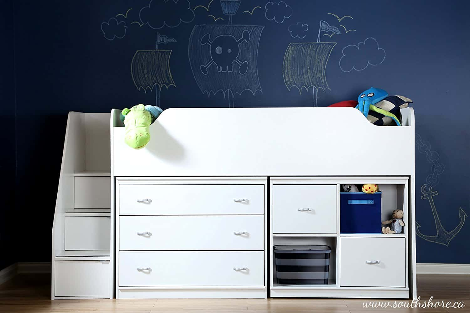 small-cabin-bed-for-kids-room