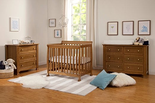 sturdy-baby-crib-for-small-apartments