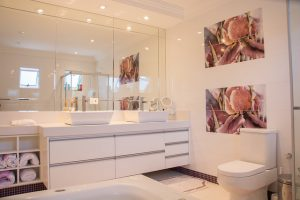 maximizing space in a small bathroom