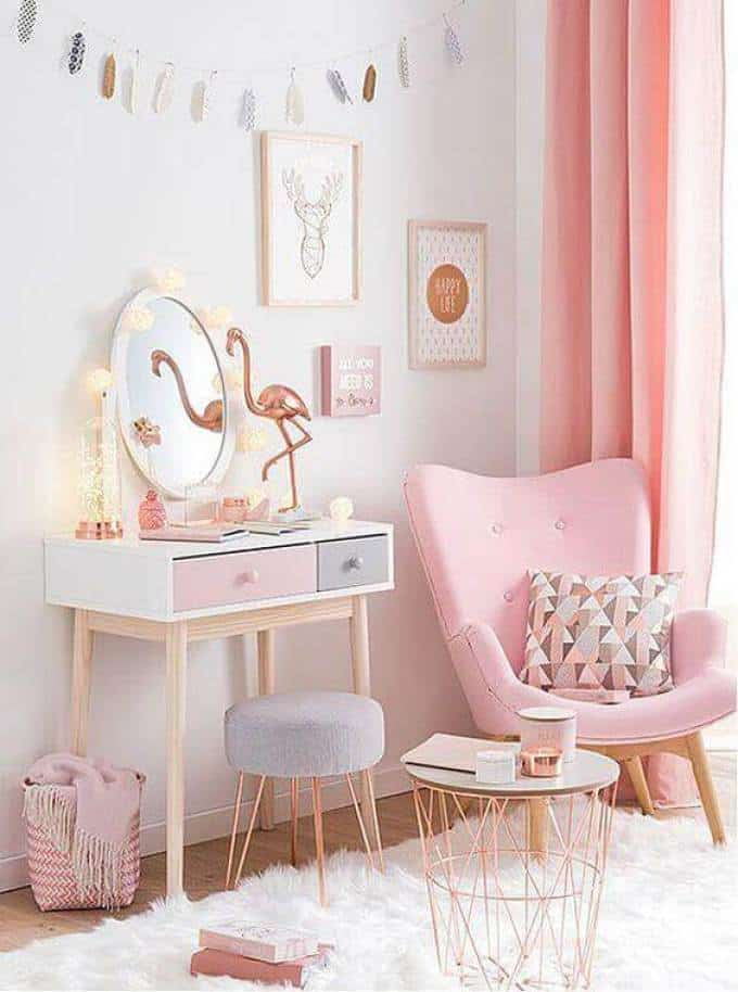 Pretty-Furniture-for-Girls-Bedroom-Ideas